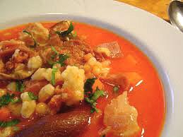 Fazuľová polievka s krúpami a údeným
