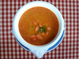 Frankfurtská polievka s párkom